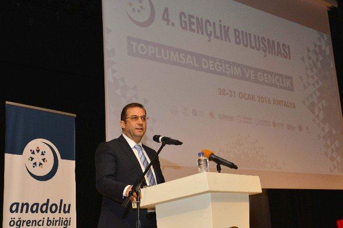 Vali Türker 4'üncü Gençlik Buluşmasına Katıldı