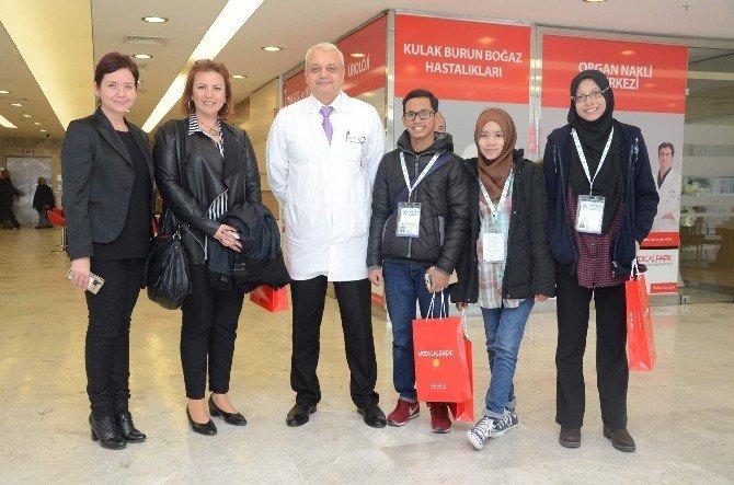 Yabancı Öğrencilerden Hastane Ziyareti