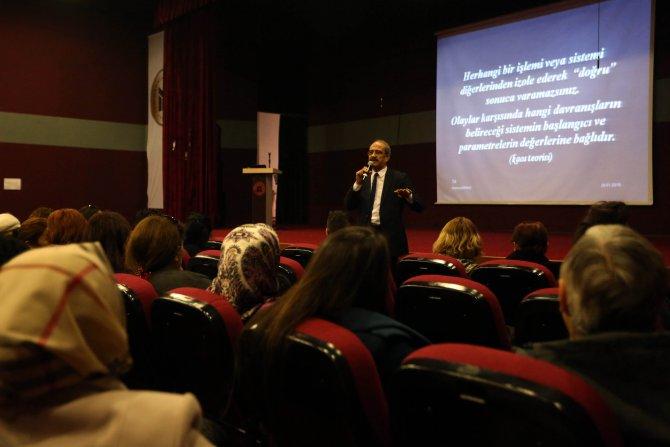 Yenimahalle Belediyesi'nde iletişim semineri