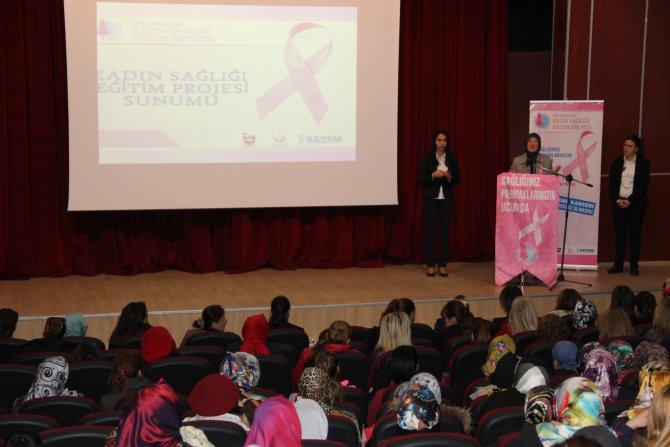 Bakan Ramazanoğlu, Diyarbakırlı kadınlara kadın sağlığı eğitimi verdi