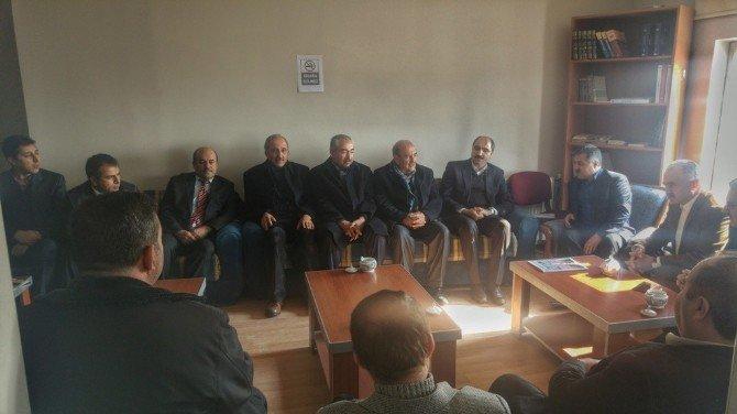 AK Parti'den Memur-sen'e Ziyaret