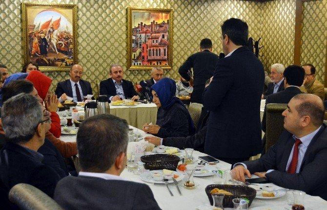 """AK Partili Şentop: """"Türkiye Başkanlık Sistemini Zaten Yerelde Uyguluyor"""""""