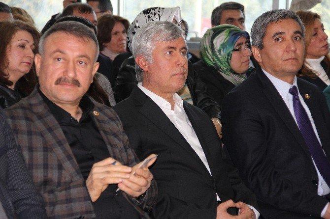 """AK Parti'li Tezcan: """"Eliniz, Ayağınız Kırılsın"""""""