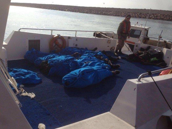 Ayvacık Açıklarında Batan Teknede Ölü Sayısı 20'yi Buldu