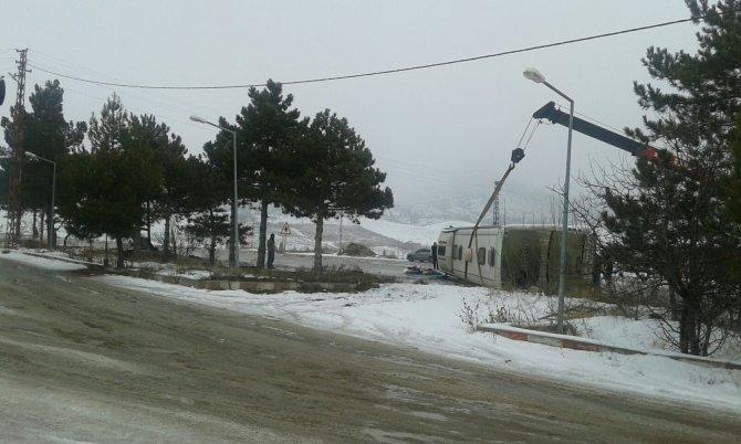 Çankırı'da otobüs devrildi: 18 yaralı