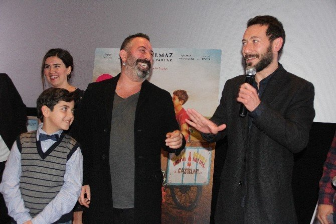 Cem Yılmaz, Mersin'de İftarlık Gazoz Filminin Galasına Katıldı