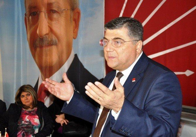 CHP Genel Sekreteri Kamil Okyay Sındır, Ödemiş'te Konuştu