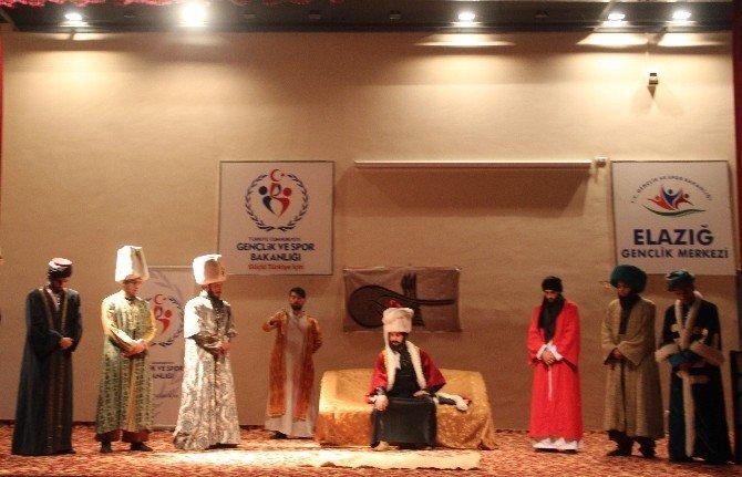 Elazığ'da 'İstanbul'un Fethi 1453' Tiyatrosu Sahnelendi