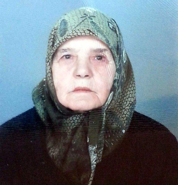 Öldürdüğü Yaşlı Kadının Elinden Su İçmiş