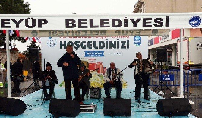 Eyüp'te Düzenlenen Turşu Festivali, Renkli Görüntüler Oluşturdu