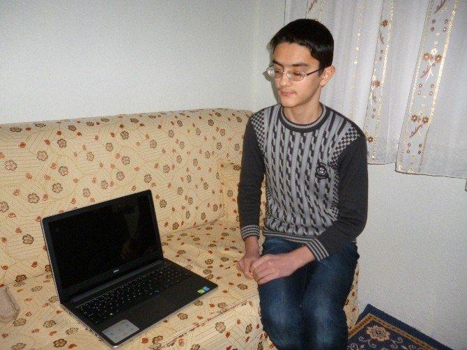 Görme Engelli Genç Hayaline Kavuştu