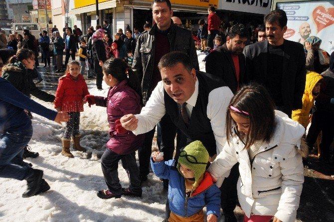 Tarsus'ta Taşıma Karla Kış Keyfi