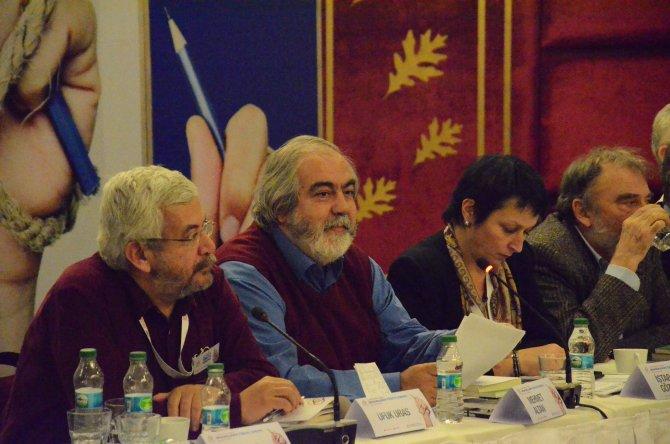 Altan: Toplum 'sana anayasayı çiğnetmeyeceğiz' demeli
