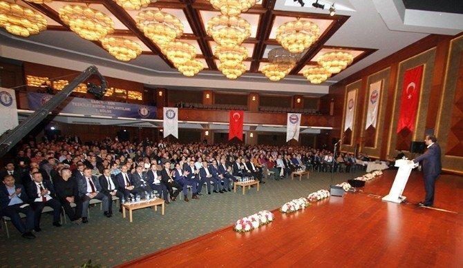 """Memur-sen Genel Başkan Vekili Memiş: """"İnsan Merkezli, Medeniyet Köklerimizi Yansıtan Yeni Anayasa İstiyoruz"""""""