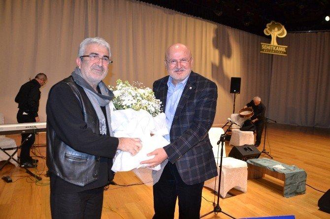 Gaziantep'te Türk Halk Müziği Konseri