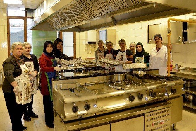 Hünerli Kadınlara Tepebaşı'ndan Mutfak Atölyesi