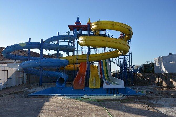 Uşak Kayaağıl Termal Aqua Park Ve Markette Sona Gelindi