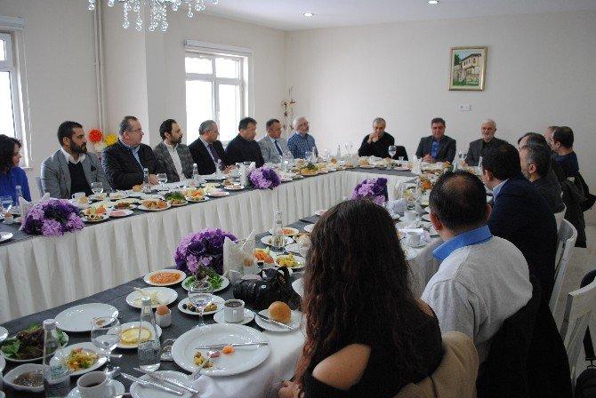 14 Amasyalı Akademisyen 'Amasya Tarihi'ni Günümüz Türkçesine Çevirecek