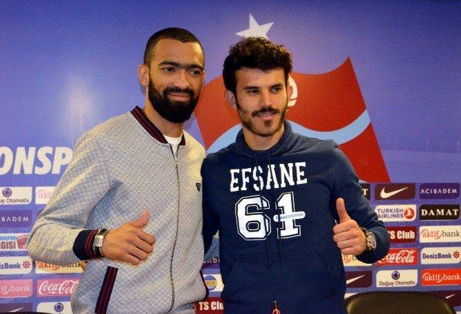 Trabzonspor Bosingwa Ve Güray Vural İle Sözleşme İmzaladı
