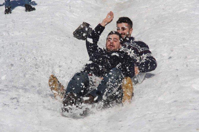 9. Kardan Adam Şenliği
