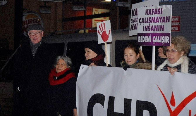 CHP'li Kadınlardan 'Tecavüze' Tepki Yürüyüşü