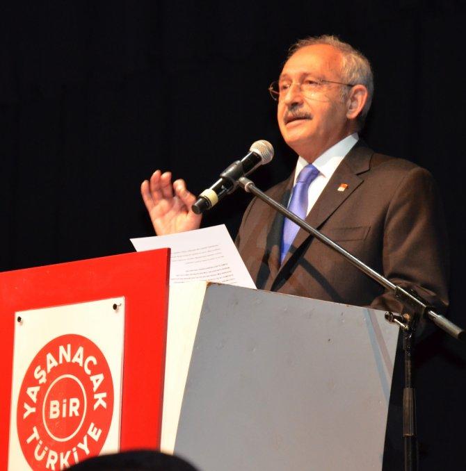 Kılıçdaroğlu: Türkiye'de darbe dönemlerinden beter bir manzara var