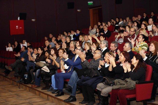 Modern Folk Müzik Topluluğu'ndan Muhteşem Konser