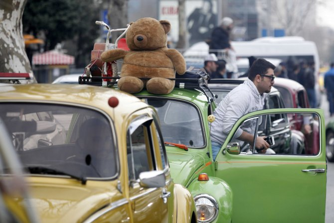 Vosvoscular zorunlu trafik sigortasını protesto etti