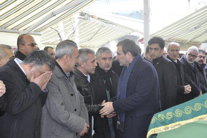Bakan Ünal cenazeye katıldı