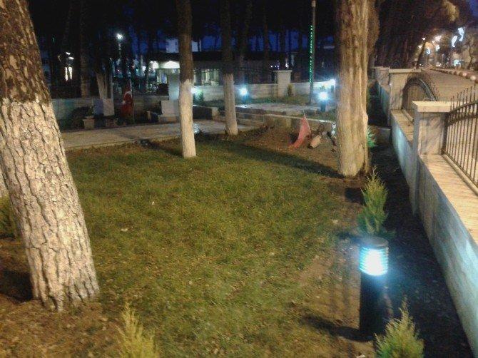 Büyükşehir'den Çevreci Aydınlatma