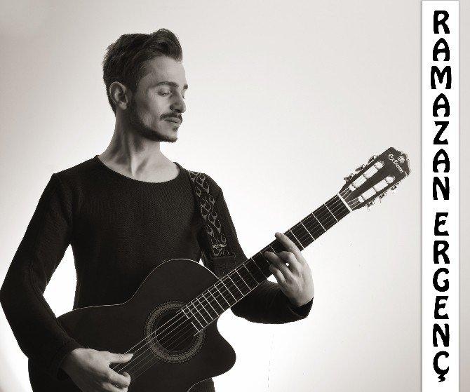 Pazaryerili Genç Müzisyenin İlk Single Çalışması Çıktı