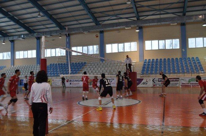 Baturalp Turizm Korkuteli Gençlikspor Zirve Yarışını Sürdürdü