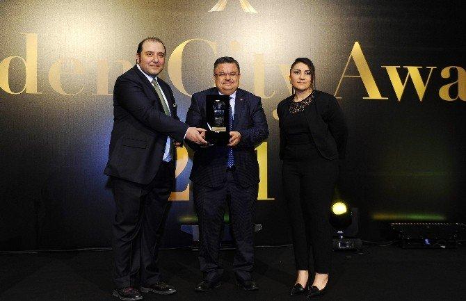 Golden City Awards 2016 Ödülleri Sahiplerini Buldu