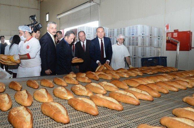 Adana'da Halk Ekmek 50 Kuruş