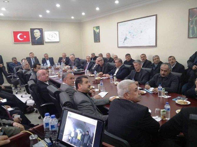 DSİ Malatya Şube Müdürlüğünde Barajlar Ve Göletler Çalıştayı Düzenlendi