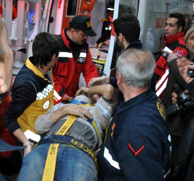 Mudanya'da asansör boşluğuna düşen işçi duvar kırılarak kurtarıldı