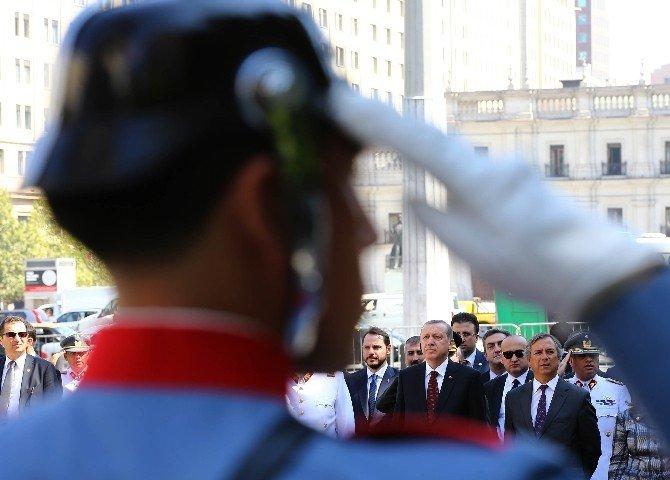 Erdoğan Şili'de Bernardo O'hıggıns Anıtı'na Çelenk Koydu