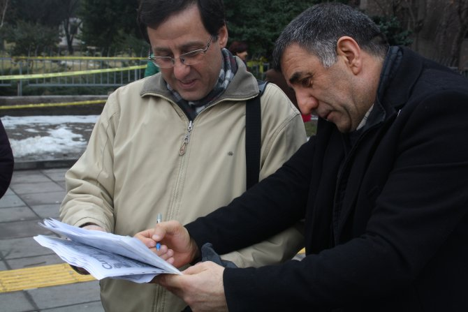 Dündar ve Gül'e destek için kendileri hakkında suç duyurusu yaptılar