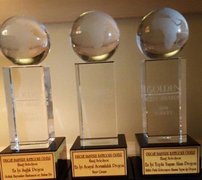 Elazığ Belediyesi'ne 3 Altın Ödül