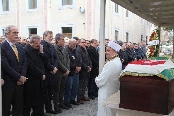 Ahmet Sezgi Erceiş Son Yolculuğuna Uğurlandı