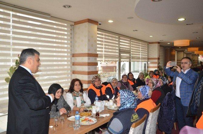 Başkan Özgüven, Kadın İşçilerle Bir Araya Geldi
