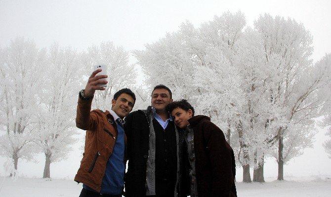 Erzurum'a Düşen Kırağı Büyüledi