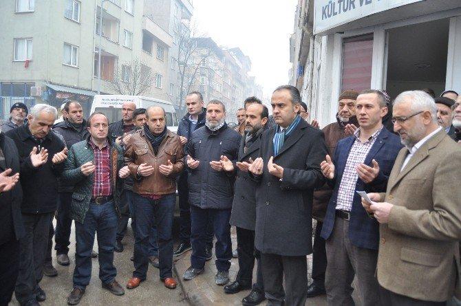 Hamsi Festivalini İptal Edip Bayırbucak Türkmenlerine Yardım Gönderdiler