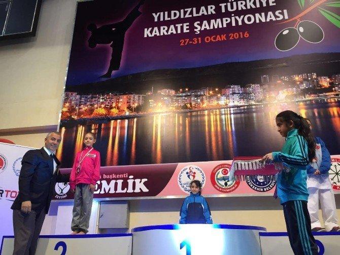 İhlas Koleji Öğrencisi Karatede Türkiye İkincisi Oldu