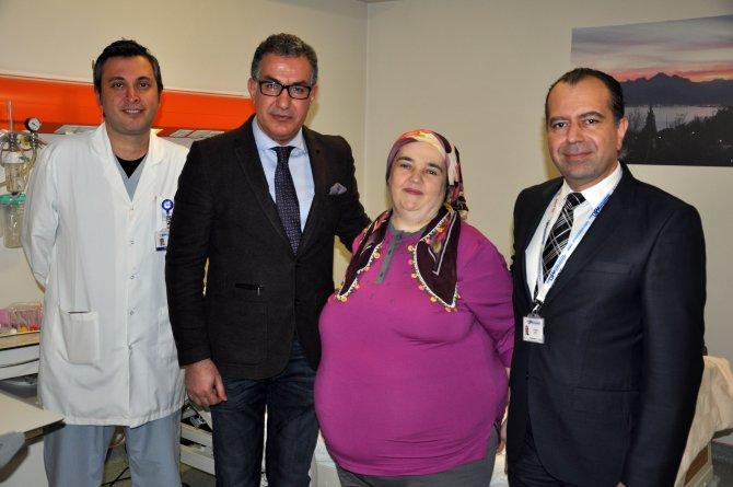 Ameliyatla 240 kilodan 130 kiloya düştü