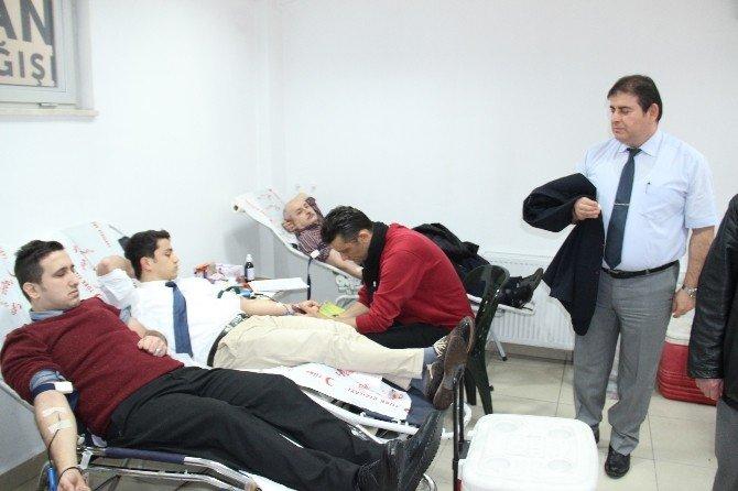 Kdz. Ereğli Belediyesi Personeli Kan Verdi