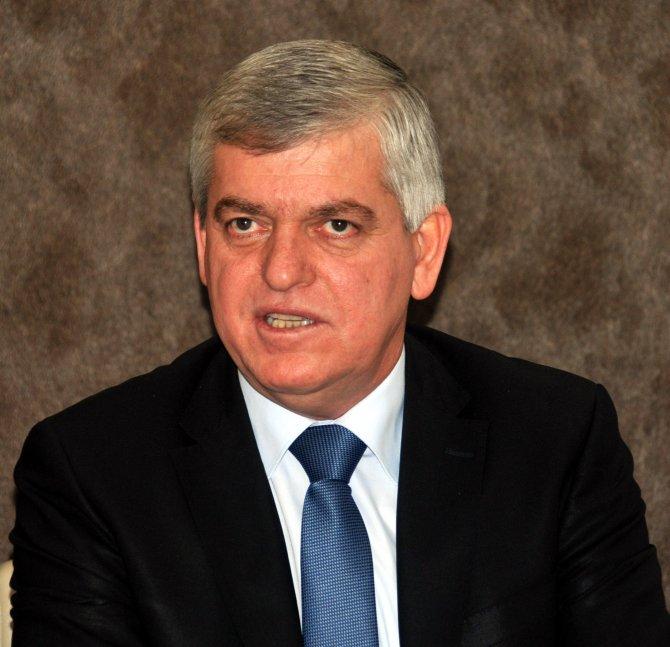 Şener: Manisa, pazaryeri konusunda diğer illerin 30-40 yıl gerisinde