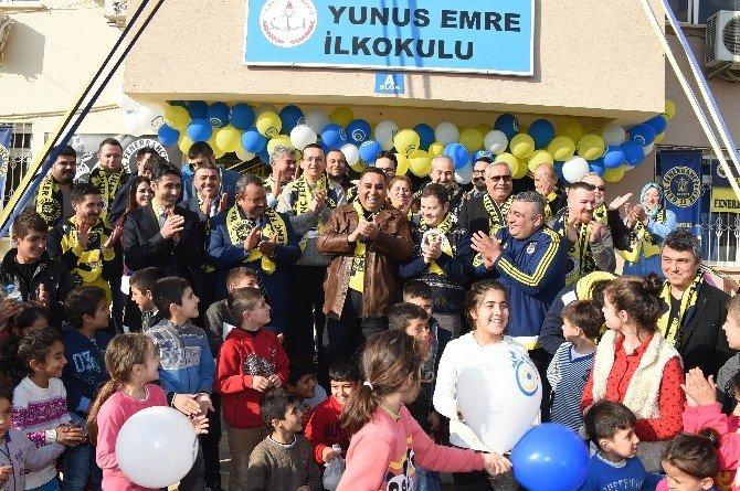 Tarsus Genç Fenerbahçeliler'den Eğitime Destek