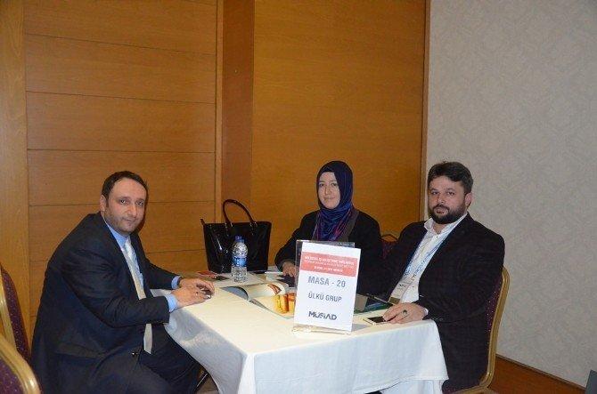 MÜSİAD İzmir Antalya'daki Toplantıya Çıkarma Yaptı