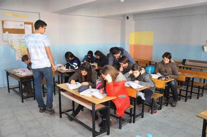 Robert'li Öğrencilerden Soma Eğitimine Destek